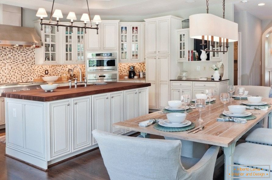 Kitchen design in white