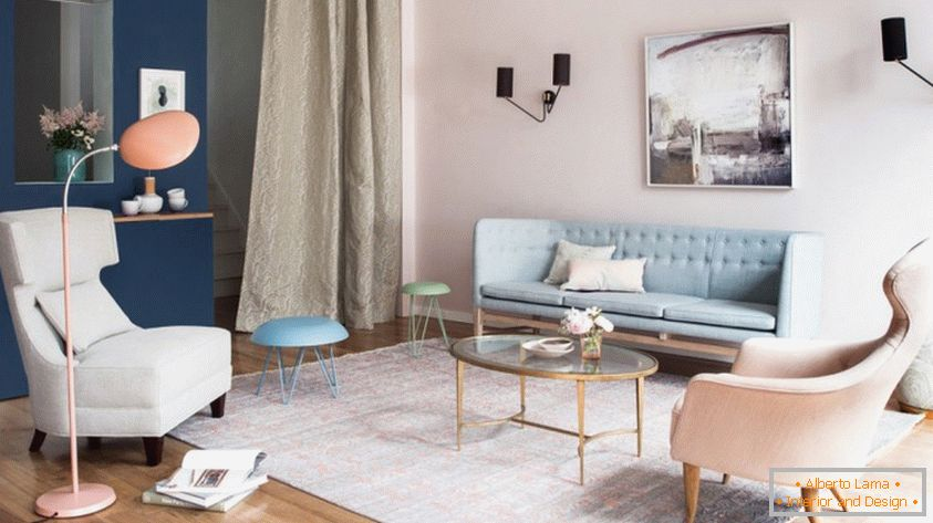 Pastel shades in the interior of a small living room