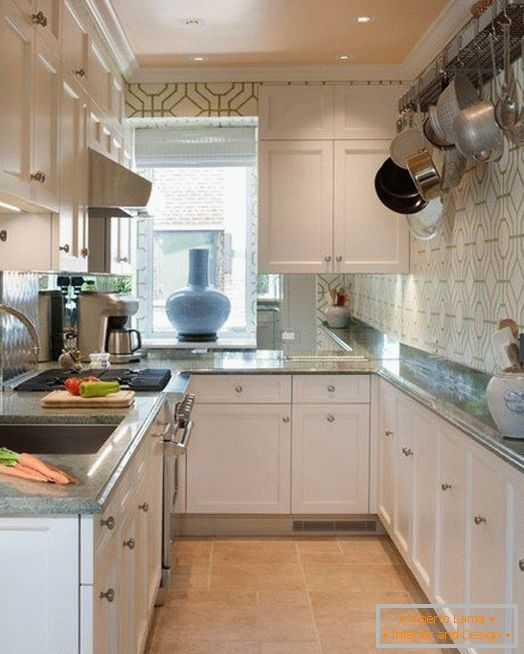 U-shaped kitchen with narrow countertops