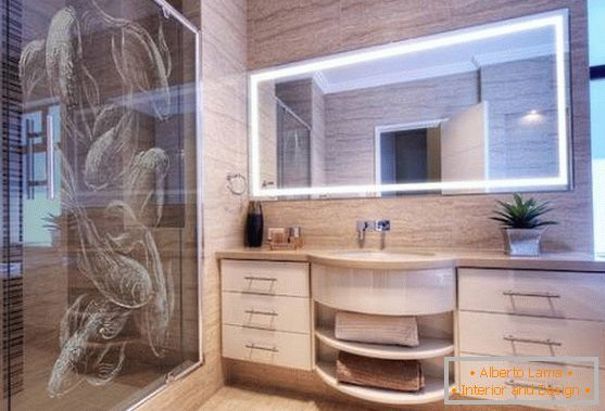Bathroom with patterns in Chinese style