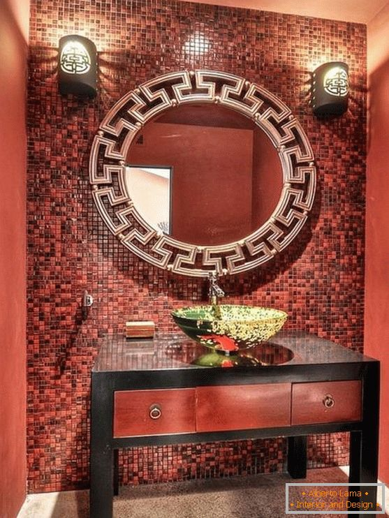 Red color of bathroom in Chinese style