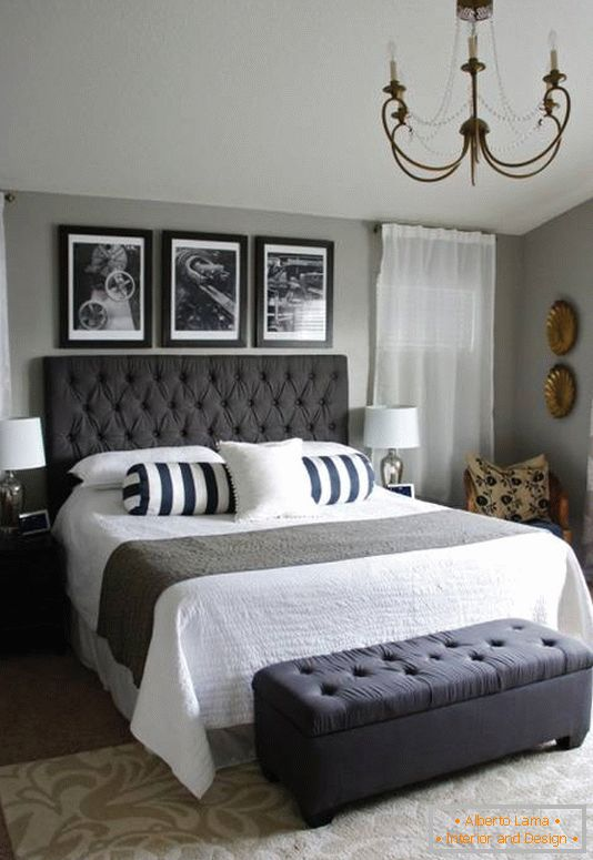 Black and white elements in the design of the bedroom