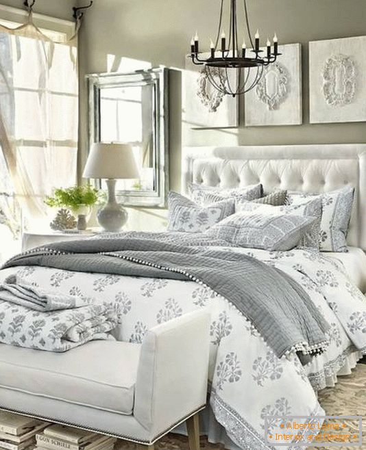 Luxurious bedroom in neutral colors