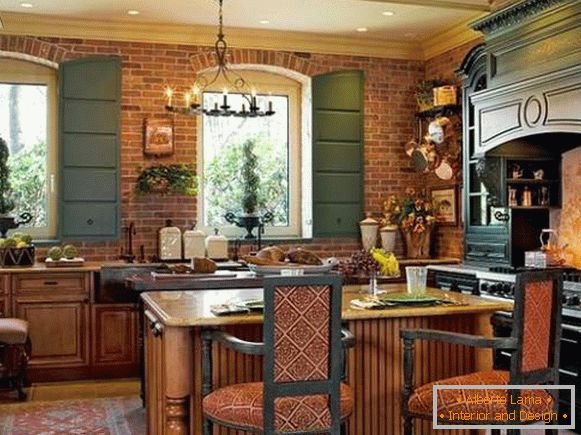 Beautiful Provence style kitchen