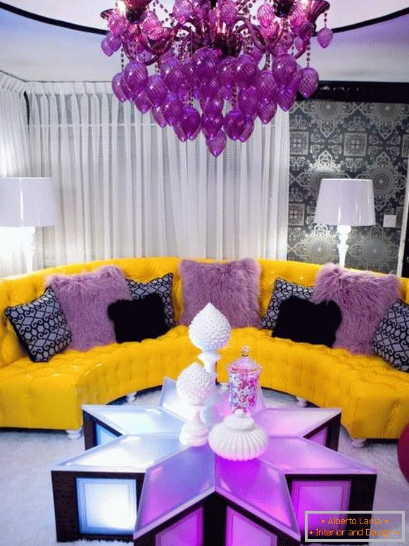 Stylish color combinations - yellow and purple