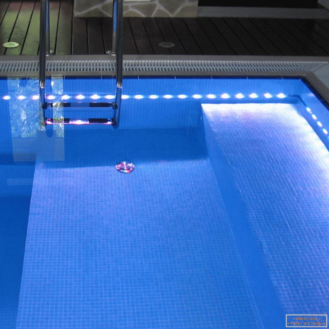 Pool with illumination