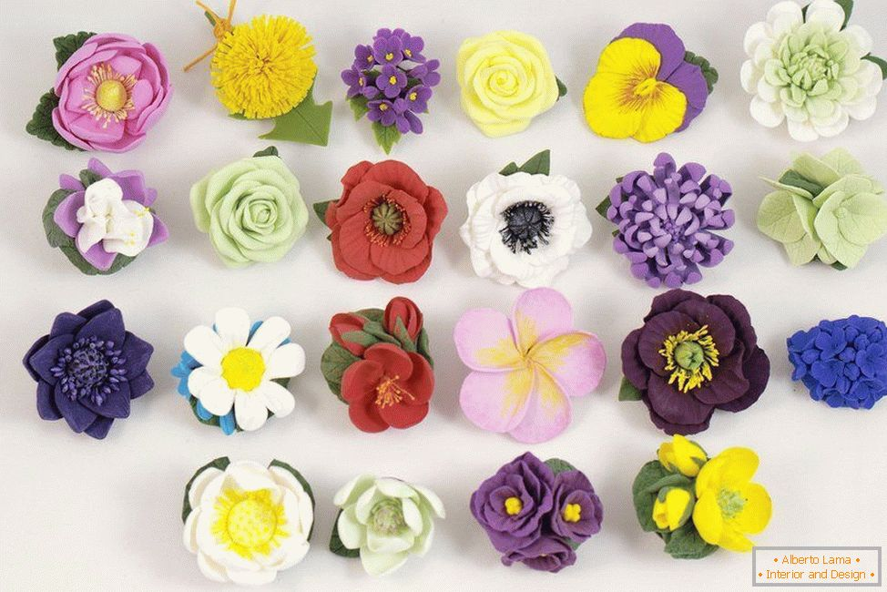 Flowers made of polymer clay
