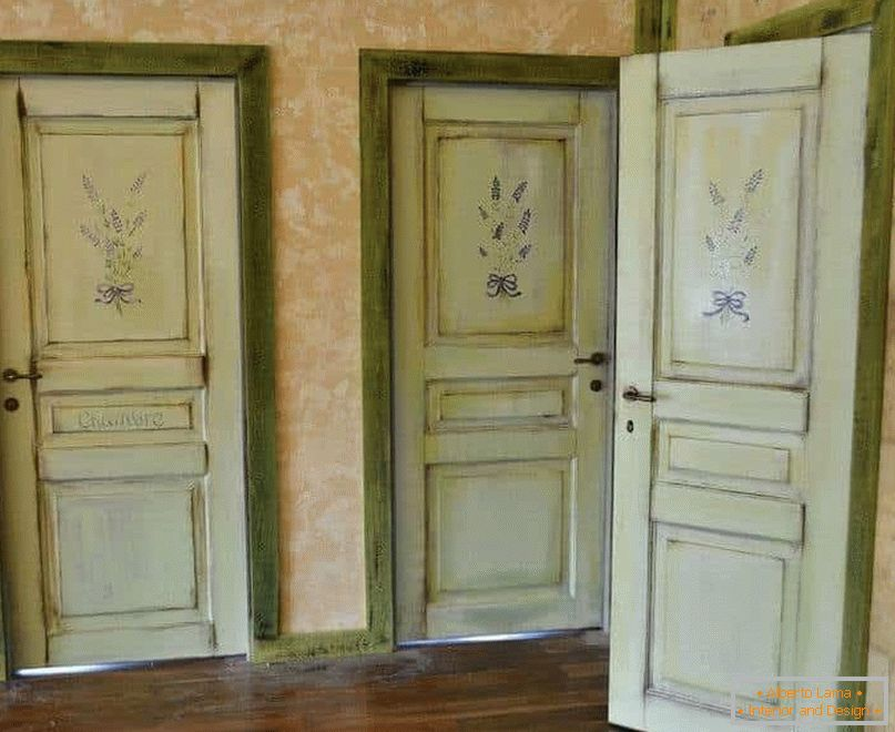 Old doors will fit the style of Provence and Vintage