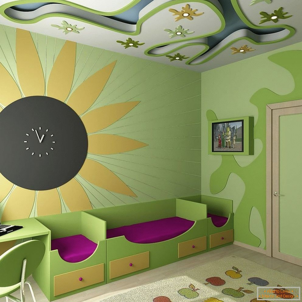 Applique on the ceiling of the nursery
