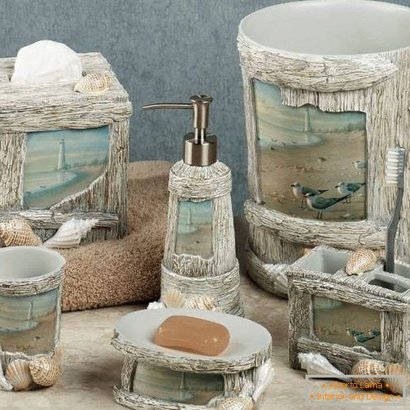 Accessories and decor in the bathroom - photos with seashells