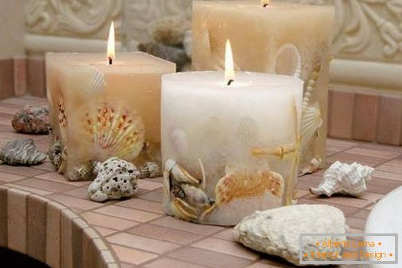Candles made of shells - excellent decor for the bathroom