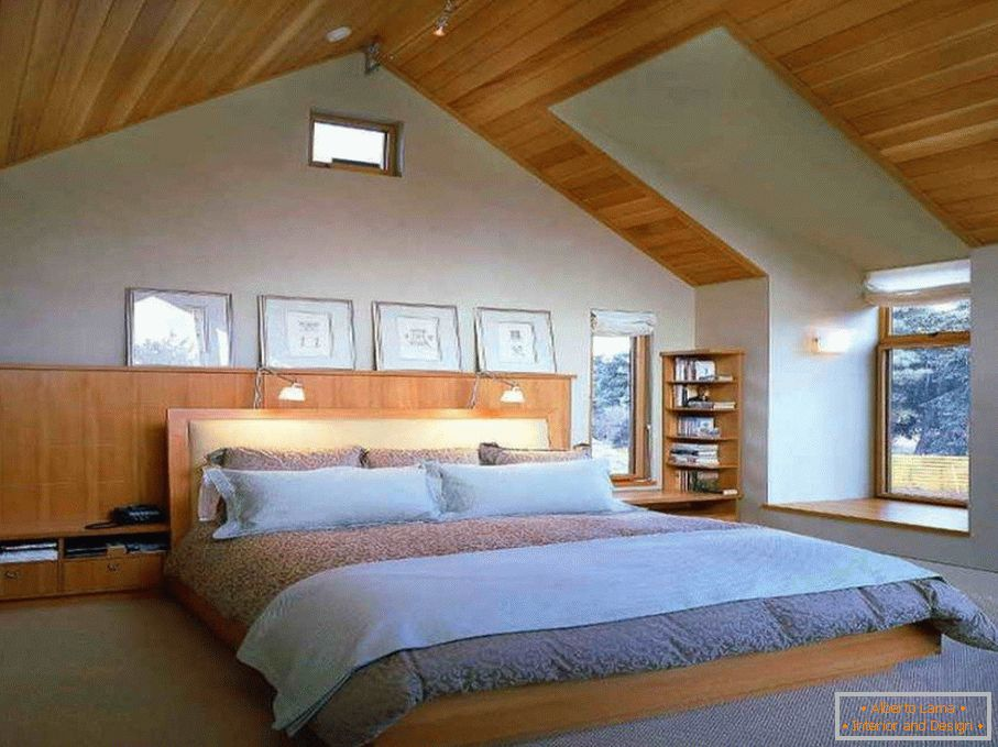Bedroom with wooden ceiling