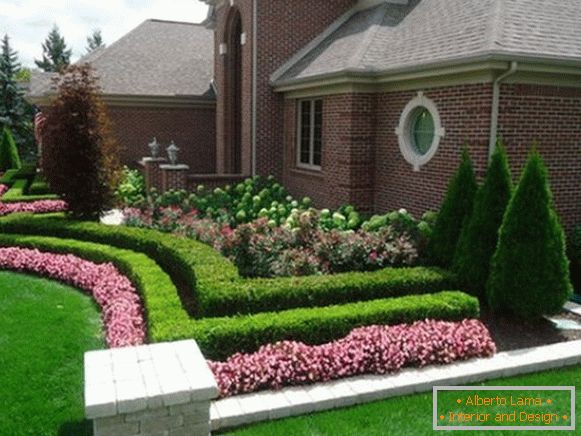 На фото 6: Landscaping yard design