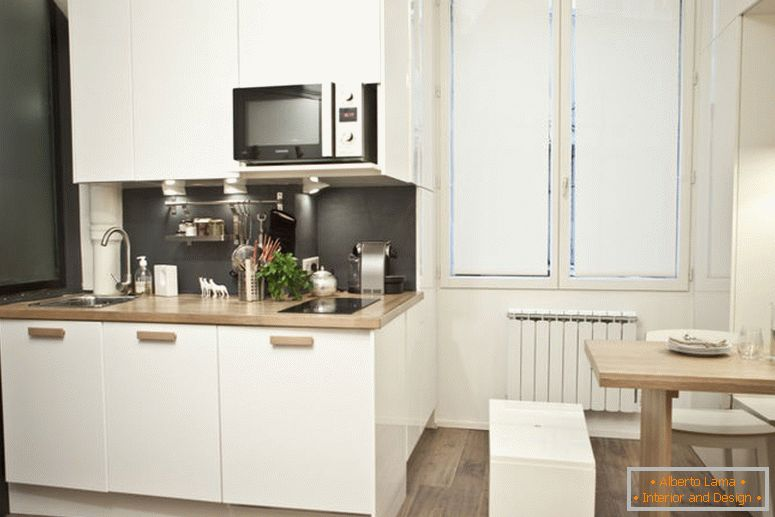 interior-very-small-studio apartment-18-sq-m7