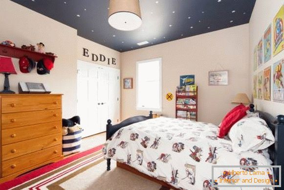 Dark ceiling with stars in the nursery