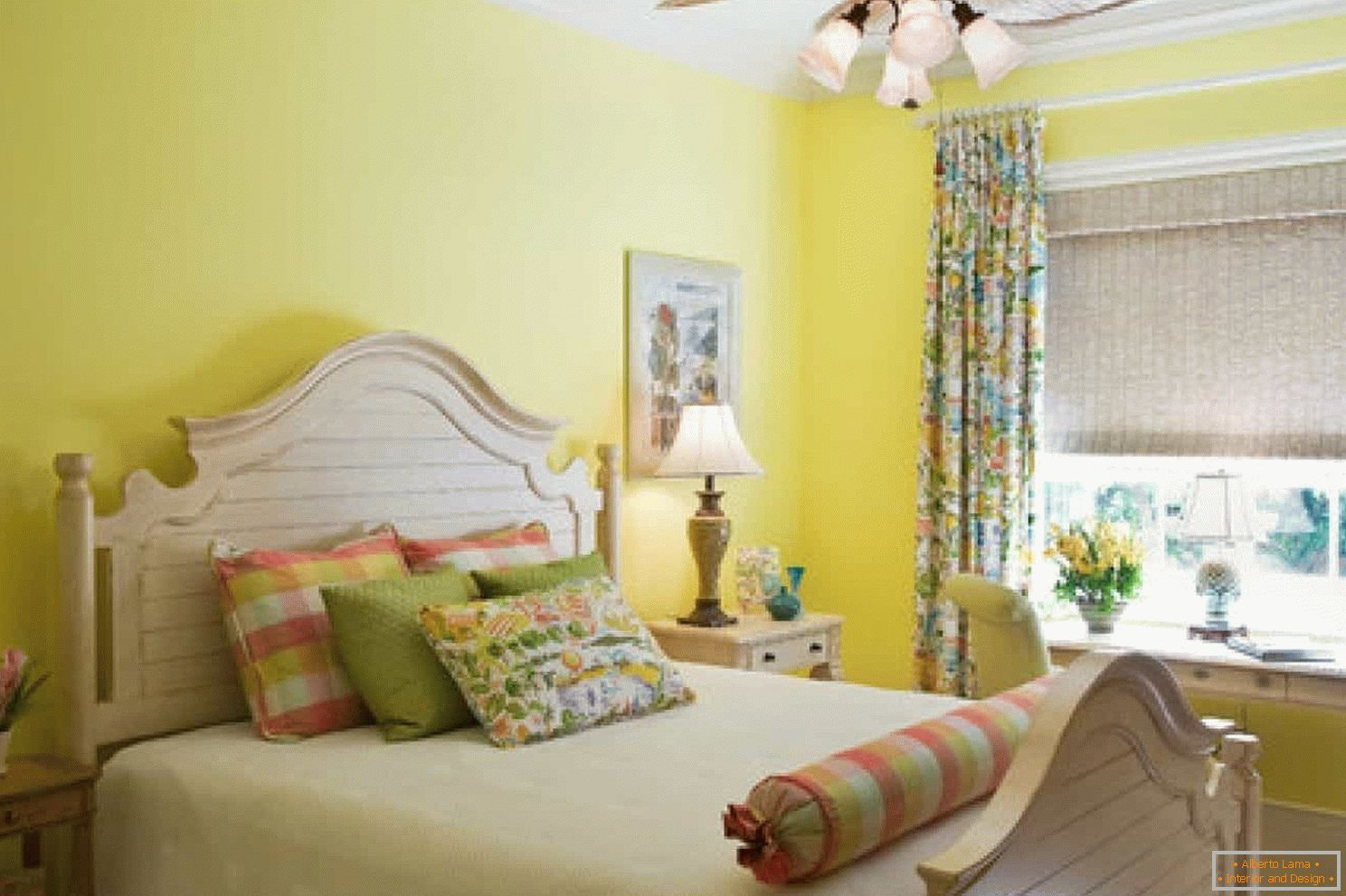 Yellow walls in the bedroom