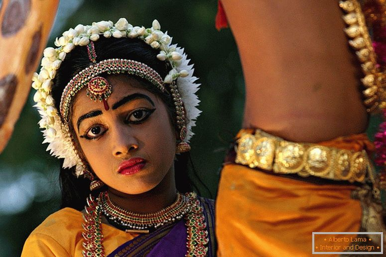 Girl in Indian national costumes