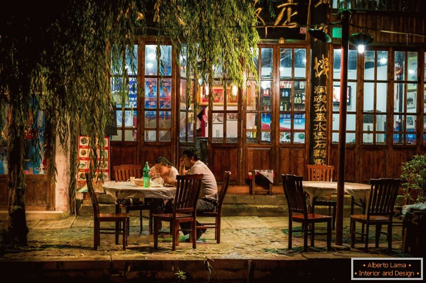 Restaurant in Shanghai, photographer Rob Smith