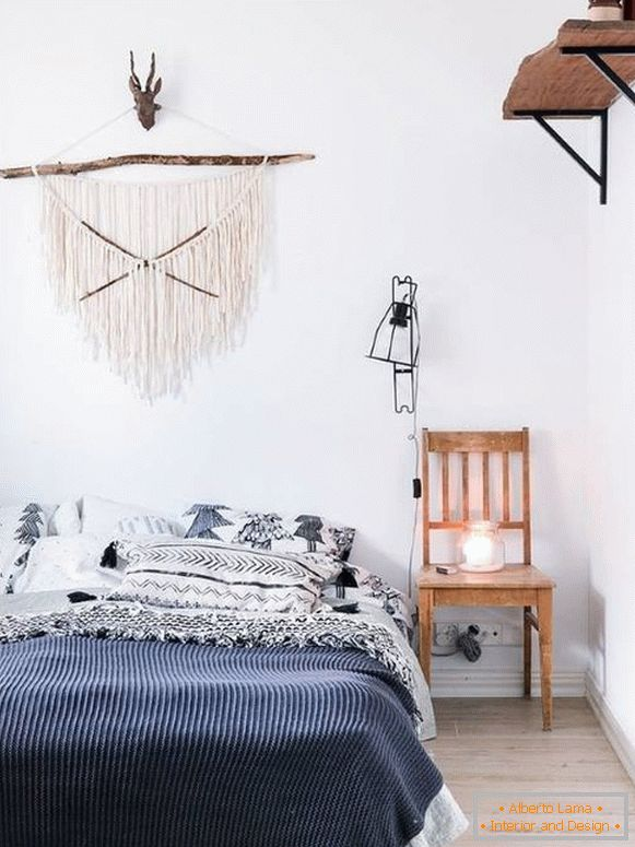eclectic-decor-in-bedroom