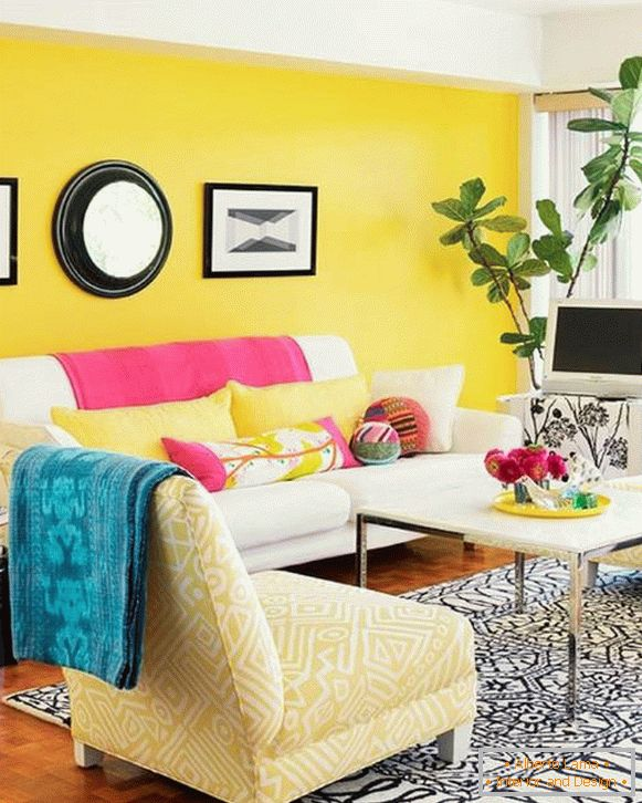 decoration-yellow-color