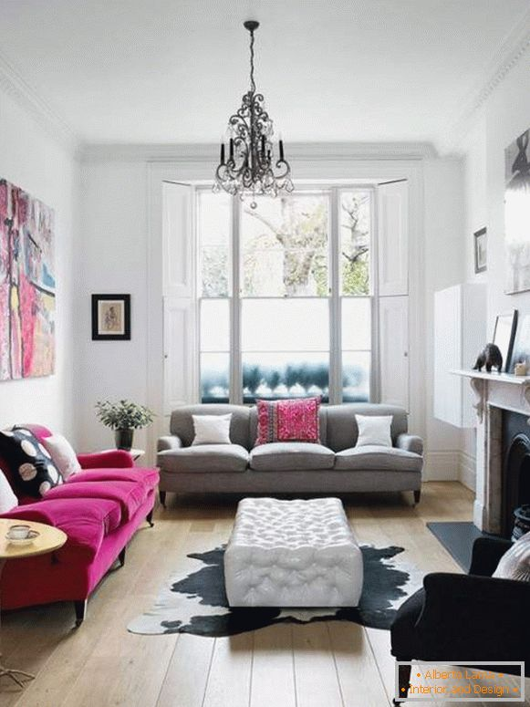 How to decorate the interior of a small living room in a private house - modern ideas 2017