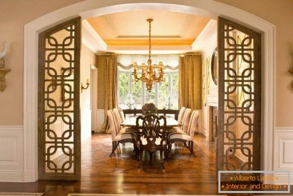 Dining area with luxurious chandelier