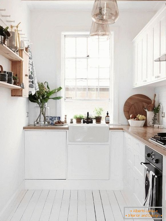 L-shaped kitchen - corner