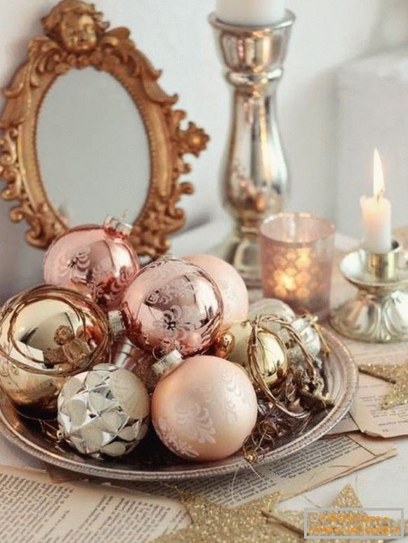 Christmas decorations for gold, copper and other metals