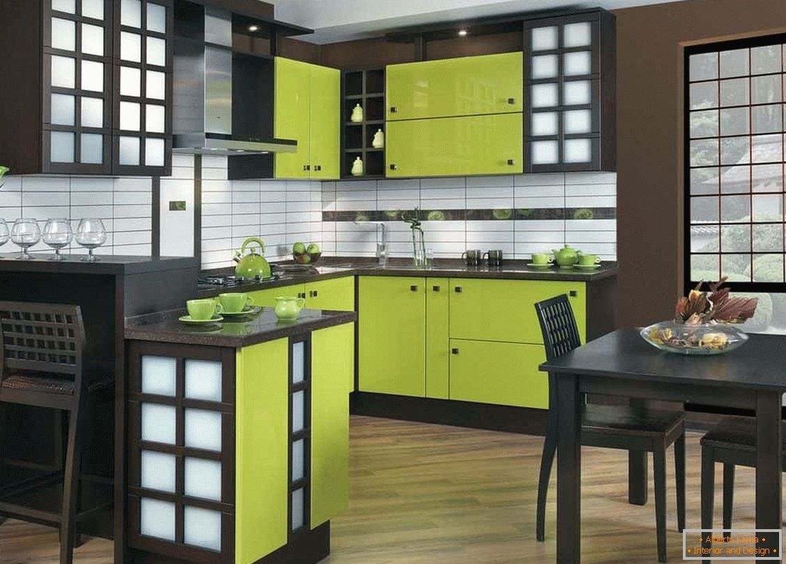 Kitchen wenge in combination with light green
