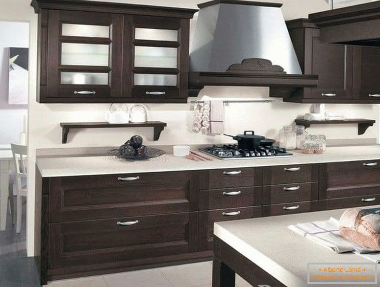 Kitchen with white top and facades wenge