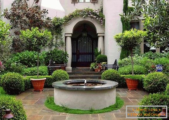 Landscaping of the courtyard of a private house, photo 13