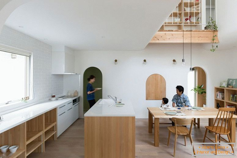 A small house with arches from ALTS Design Office