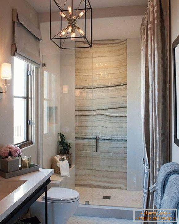 shower-cabin-in-a-small-bathroom