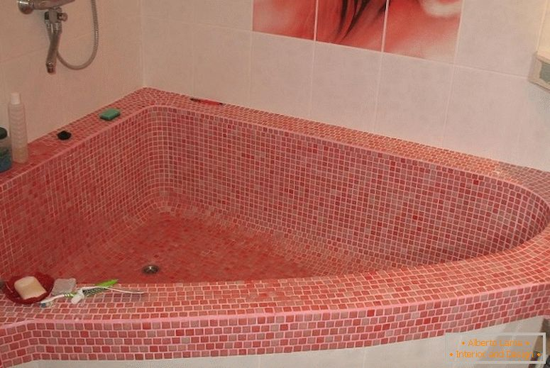 Bath from pink mosaic