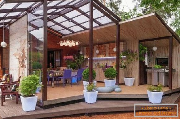 Types of awnings from polycarbonate in a private house, фото 28