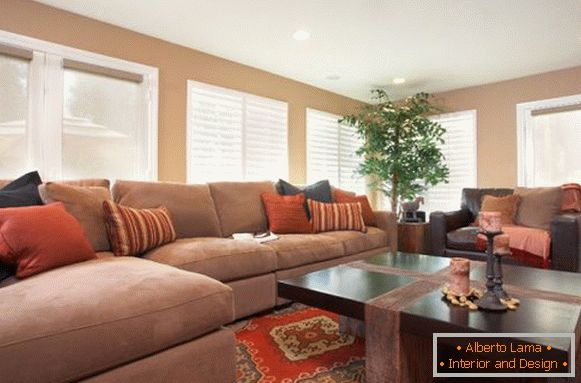 Terracotta accents in the living room