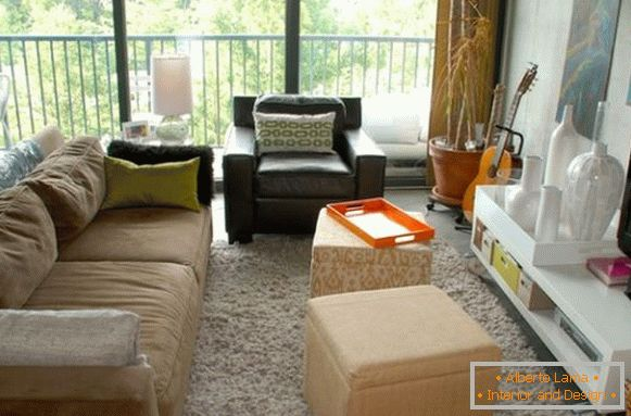 Compact seating area in the living room