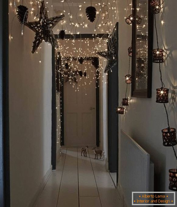 LED garland rain - the idea of ​​hanging on the ceiling