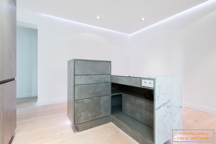Kitchen surfaces with lighting