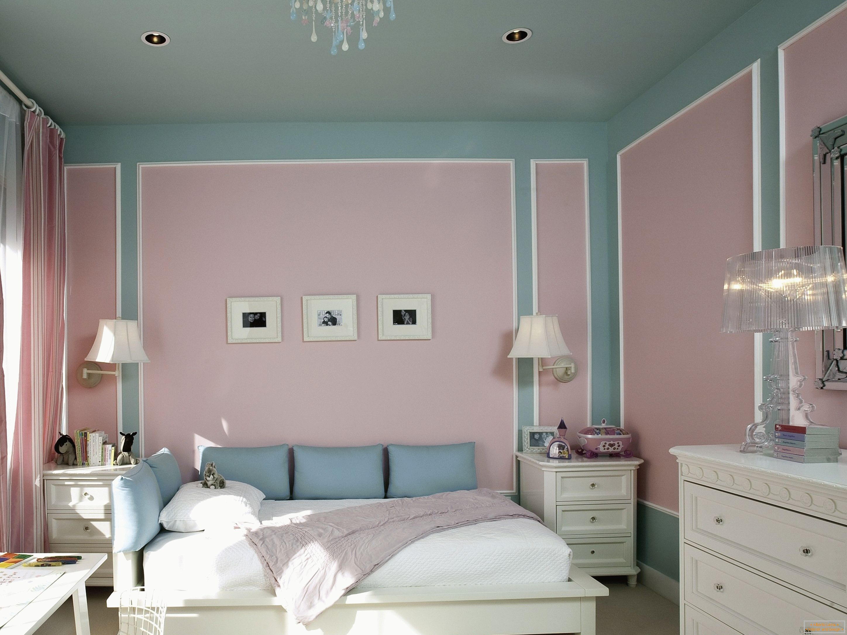 Painted walls in the bedroom