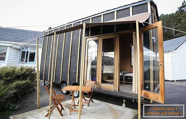 The project of a very small house in New Zealand