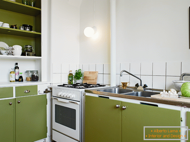 Kitchen in the white-olive palette