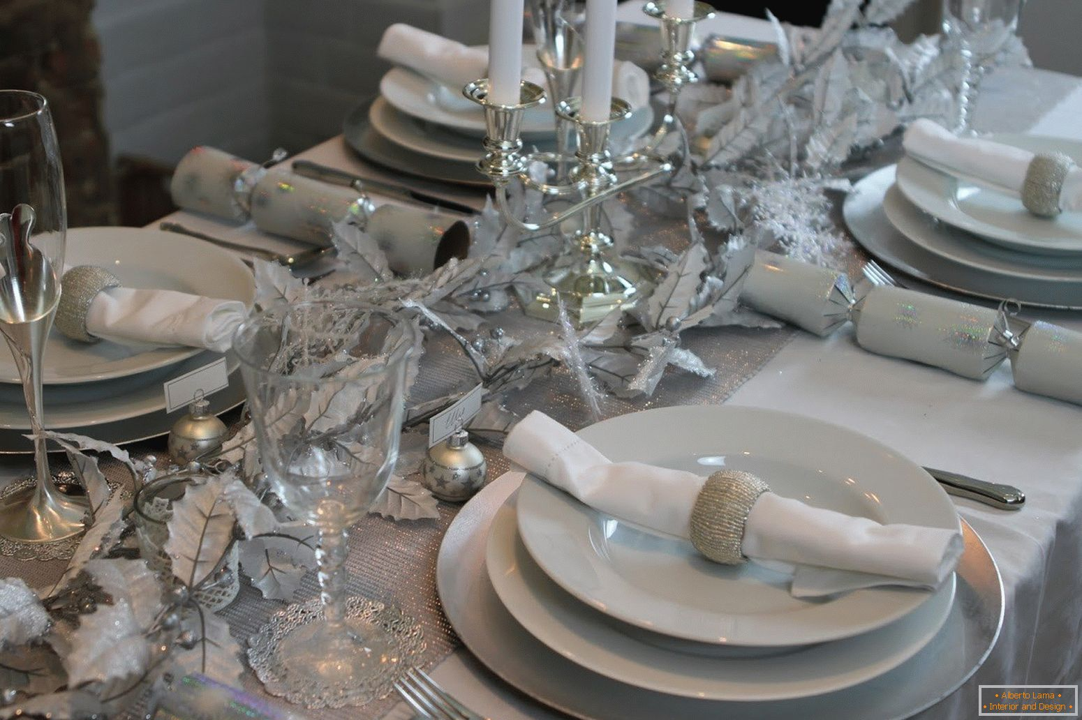 White-silver table setting