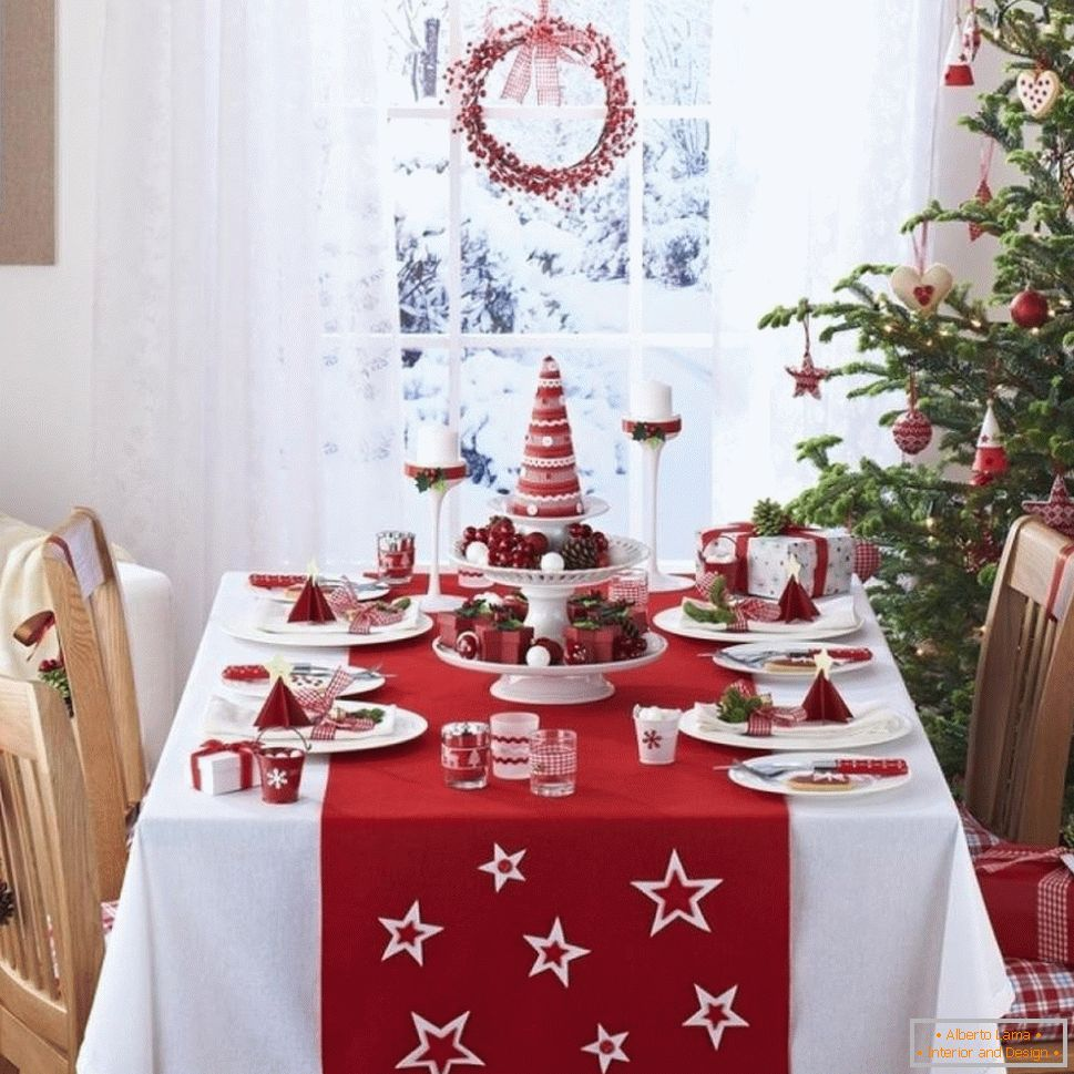 White-red tablecloth