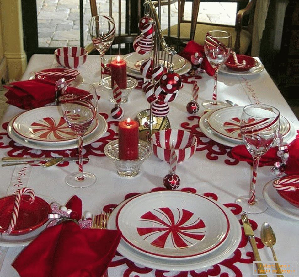 White and red table setting