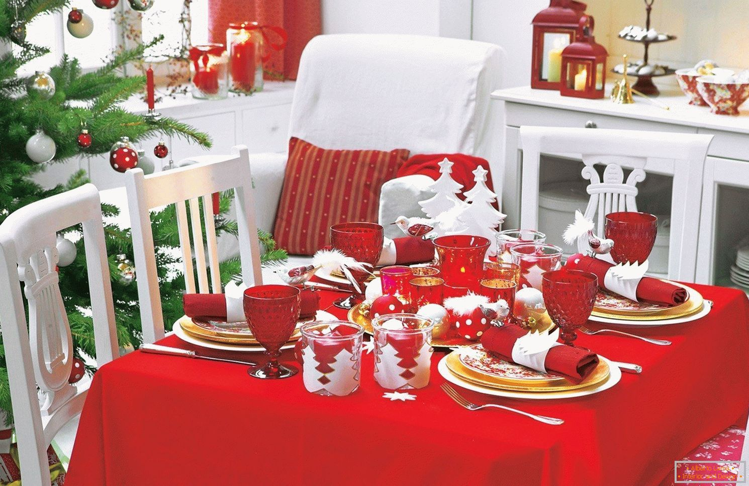 Decoration of a New Year's table in red color