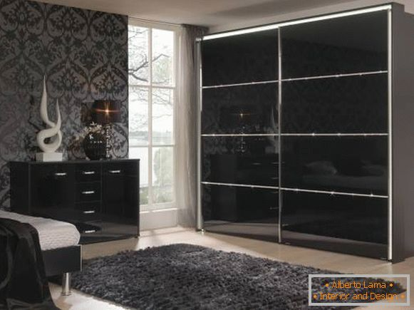 Black sliding wardrobe
