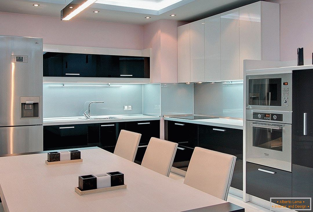 Kitchen in the style of high-tech
