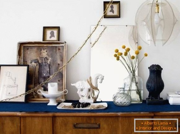 Bohemian decor in the style of a boho in the interior