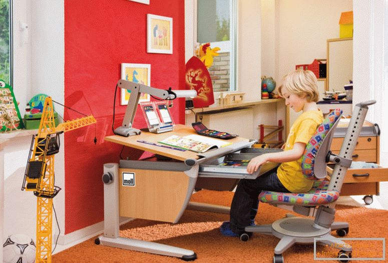 mull_germany _-_ ergonomic_furniture_for working_school_room_0_0